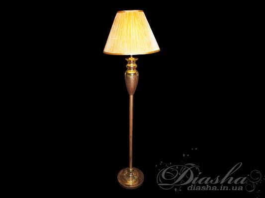 Само слово «торшер» произошло от французского torche – факел. И действительно, в Вашем доме этот светильник станет ярким и красочным декором (обратите свое внимание на роскошное изобилие расцветок!). Данный торшер,благодаря своей мобильности, может осветить любой уголок в квартире. Этот «факел» на длинной ножке способен создать эффект более высокого пространства, наполнить атмосферу загадочностью и таинственностью, «разливая» вокруг себя спокойный ровный свет.Но все же основное свойство торшеров заключается в возможности перемещать его по комнате, изменяя при этом дизайн интерьера и световые акценты в помещении. Их прекрасный внешний вид, способность излучать мягкий рассеянный свет служит тем, кто любит по вечерам допоздна засидеться с книгой, или приверженцам романтичного стиля в интерьере.