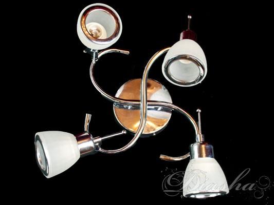 Рады представить нашим покупателям универсальные источники света - споты. Спот может использоваться и как бра, и как подсветка для зеркала и как люстра. Компактность спотов позволяет расставлять их как обычные врезные светильники. Возможность изменять направление света позволяет самостоятельно расставить, а затем и менять световые акценты. Споты данной серии расчитаны на стандартные лампы накаливания или экономки с патроном Е14. Благодаря этому вам не прийдеться проходить десятки магазинов в поисках специализированных ламп.Возможно исполнение металических частей в золотом и хроммированном вариантах.
